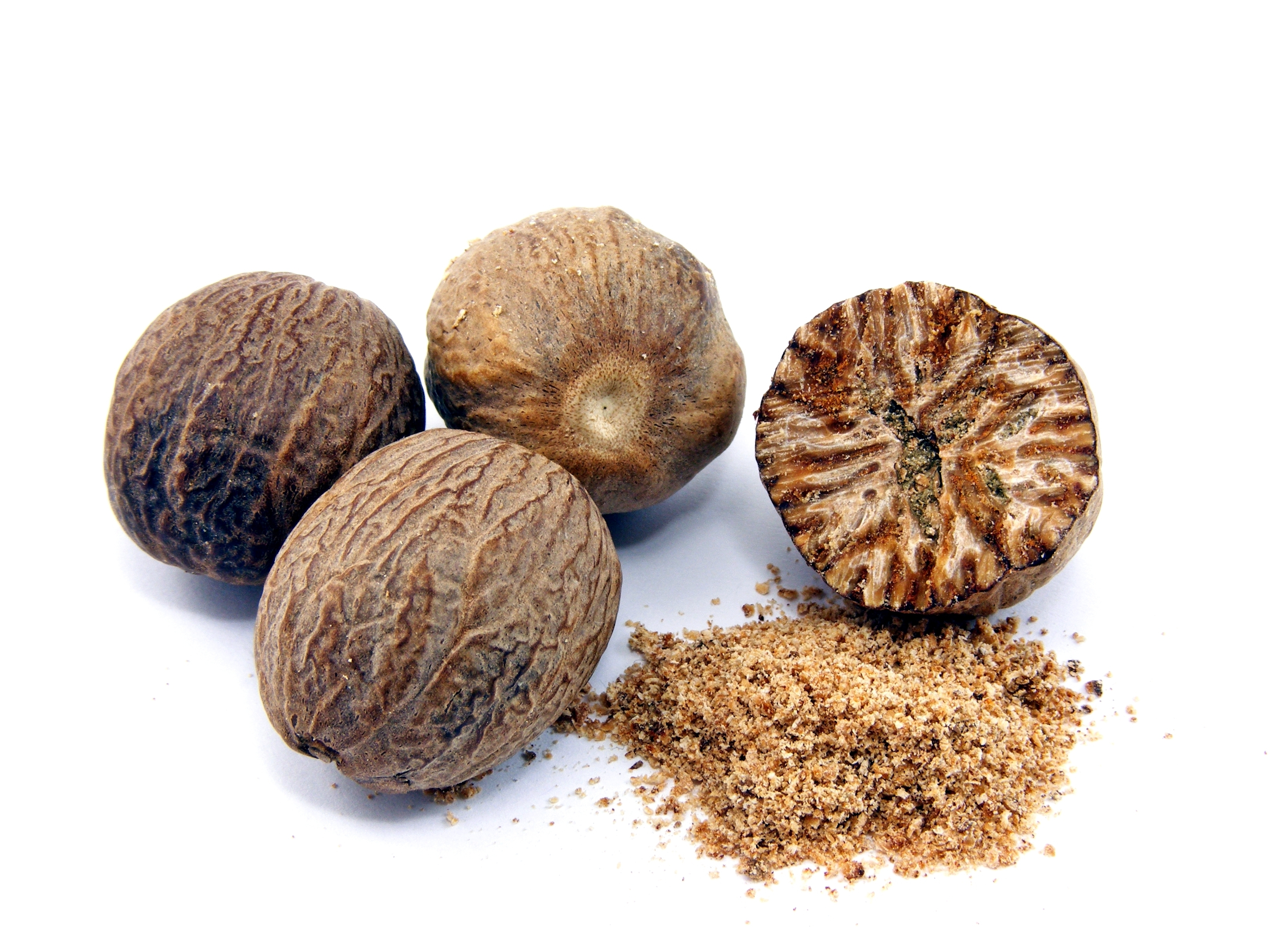 Best quality natural essential oils including Nutmeg Oil - Reconstitution Nutmeg NNO and other fragrance & perfume oils at the most discount rates by BMV Fragrances in UP, India.